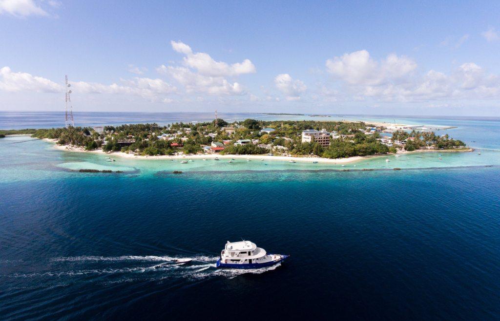 Thulusdhoo Island Ferry