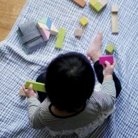 How We Encourage Independent Play from 2-12 months