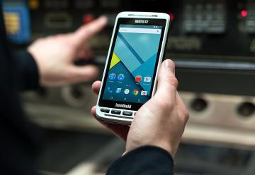 smartphone Android táctil rugerizado