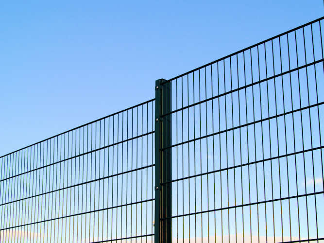 Mesh Steel Wire Fencing Bolton Bury Manchester Uk