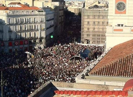 Puerta del Sol: mass demonstrations are the engine of the movement
