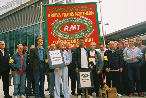 Pics. RMT strikers at Arriva in mass picket at Manchester - UK Indymedia