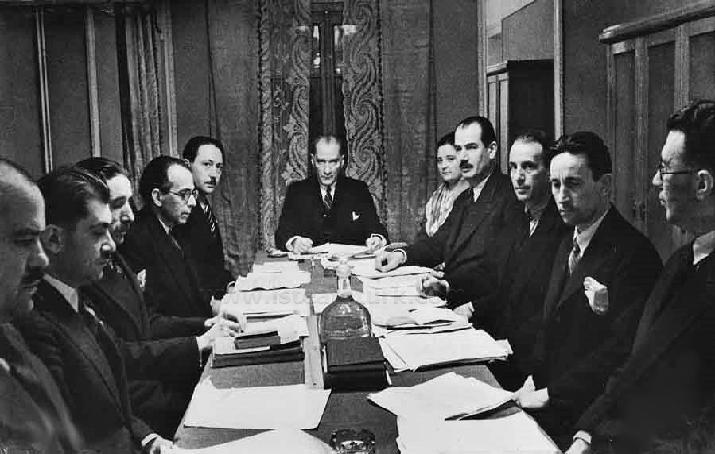 H. R. Tankut, Atatürk'ün talimatı üzerine Türk Dil Kurumu bünyesinde  Türkçe Sözlük hazırladı_.jpg