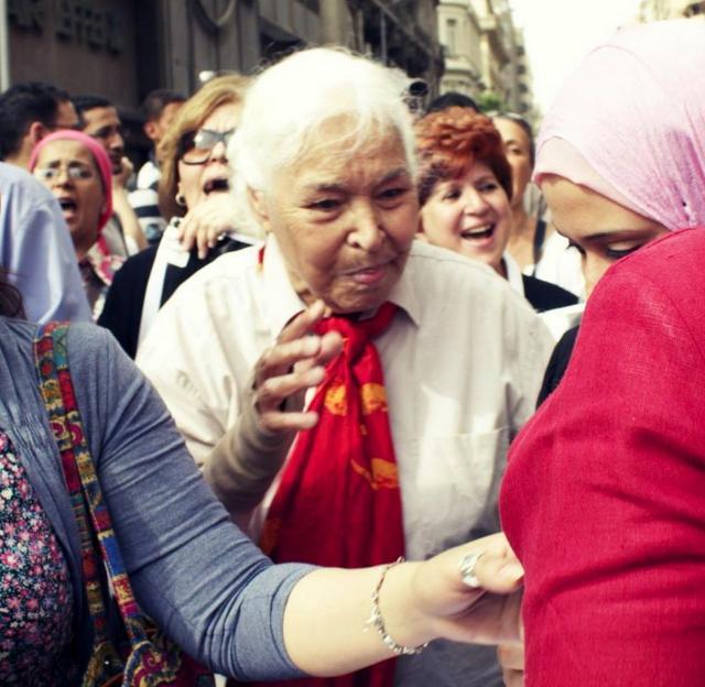 Dr. N. El Saadawi, Mısır'daki bir kadın etkinliğinde, Nisan 2012.jpg