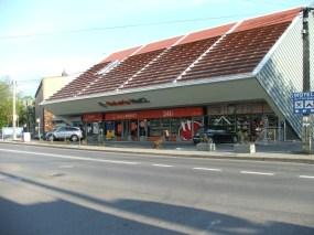 """Budynek biurowo-handlowy """"NaCl"""", Wieliczka"""