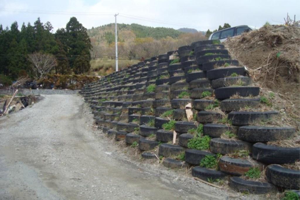 tire retaining wall design