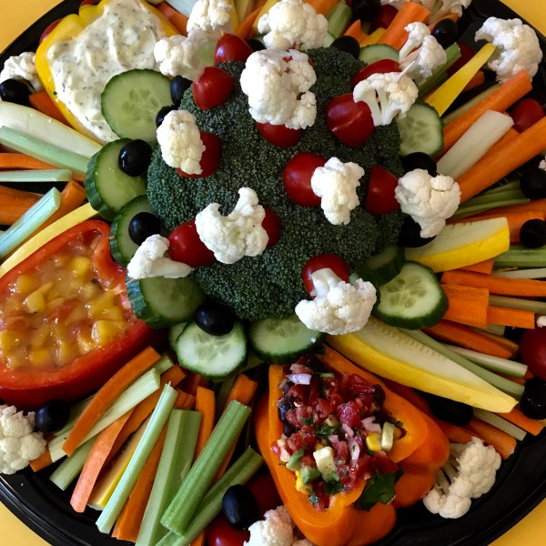 large fresh organic vegetable platter