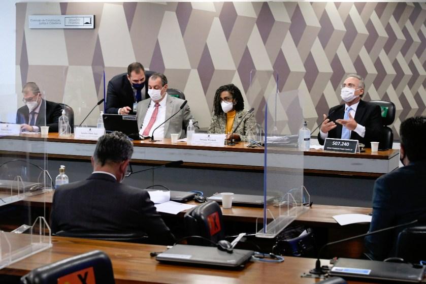 Jurema Werneck, associada do Inesc, na CPI da Covid-19.