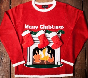 Light-Up-Fireplace-Christmas-Jumper-with-Stockings