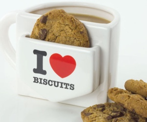i-heart-biscuits-mug