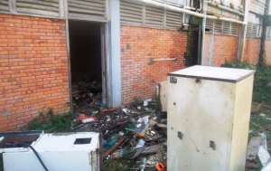 A section of the President's College building which is in a deplorable condition. [Kaieteur News' Photo]