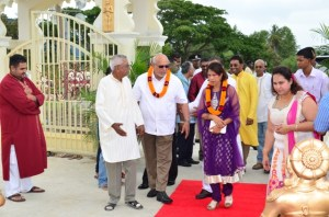 President Donald Ramotar and First Lady  Deolatchmee Ramotar being welcomed by members of the  Sri Krishna Mandir located at Gay Park, Greater New Amsterdam
