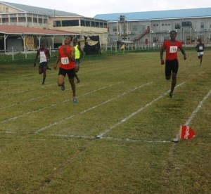 Elton Bollers wins his 200 metres.