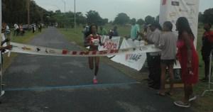Tonya Nero eases for the finish. [iNews' Photo]