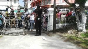 Vendors converge outside City Hall.