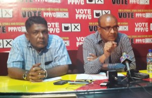 Former President, Bharrat Jagdeo (left)