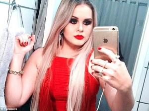 2BDF1EB200000578-3218036-Missing_Brazilian_mayor_Lidiane_Leite_25_went_on_the_run_around_-a-12_1441103411497