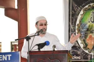 Islamic Scholar and Head of the CIOG, Sheikh Moen ul-Hack