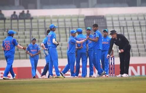 India take on Sri Lanka in their U-19 World Cup semifinal. © ICC