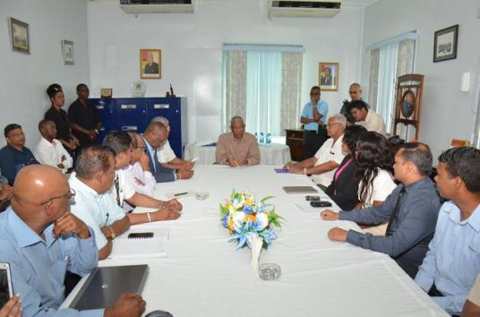 President David Granger spoke with staff members at the GuySuco Headquarters before he toured the facility.  Also present were Minister of State, Mr. Joseph Harmon, Minister of Agriculture, Mr. Noel Holder and Chief Executive Officer of GuySuCo, Mr. Errol Hanoman