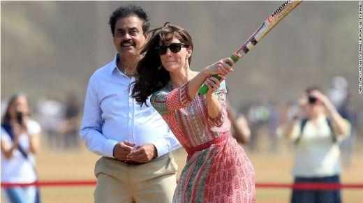 Kate plays cricket at Oval Maidan in Mumbai on April 10