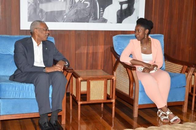 President David Granger and Ms. Kelly Hyles during their discussion at the Ministry of the Presidency