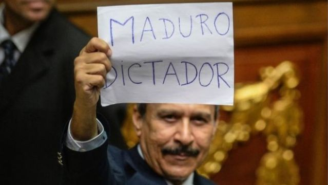 """AFP Image-Opposition lawmakers accused President Maduro of being a """"dictator"""""""