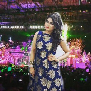 Jyotika Tangri - Finalist of ZEETV Saregamapa 2016 who will be performing at the LBI Motorcade