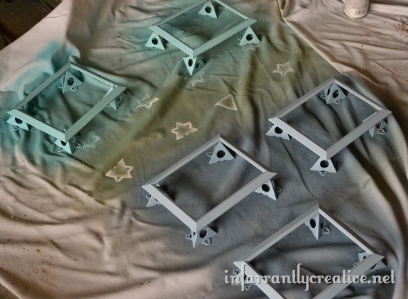 spray_painted_picture_frames