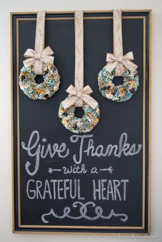 DIY Thanksgiving Mini Ruffled Wreaths