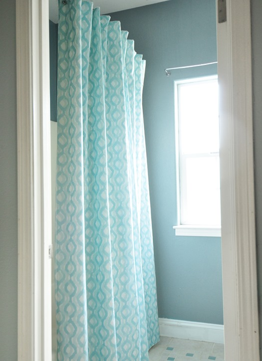 diy sewn shower curtain