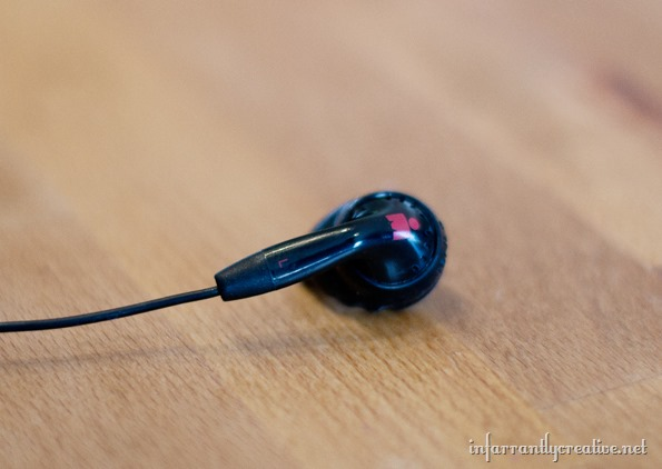 mark-headphones-with-sucru