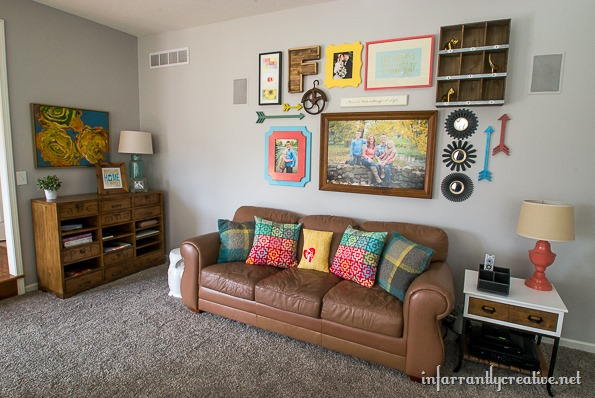 gallery wall family room