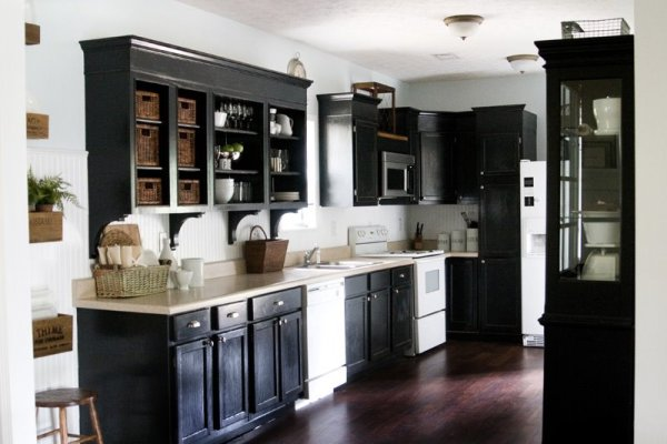 chunky-molding-cabinetry