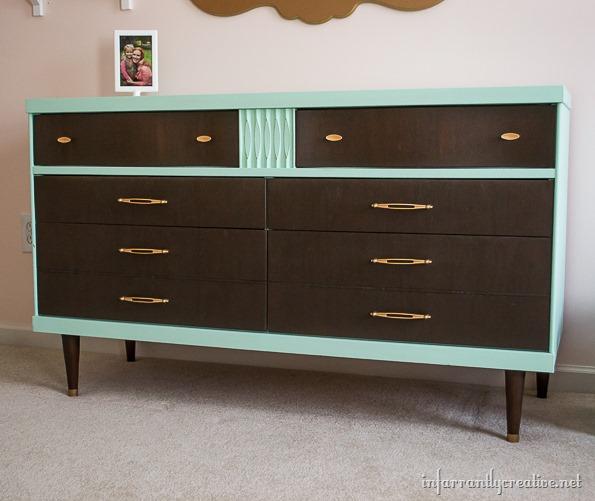 DIY mint dresser