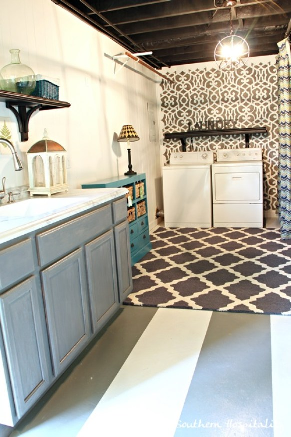 basement-laundry-room-stenciled
