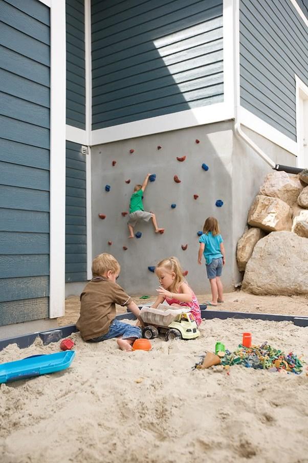 diy-outdoor-climbing-wall-sandbox