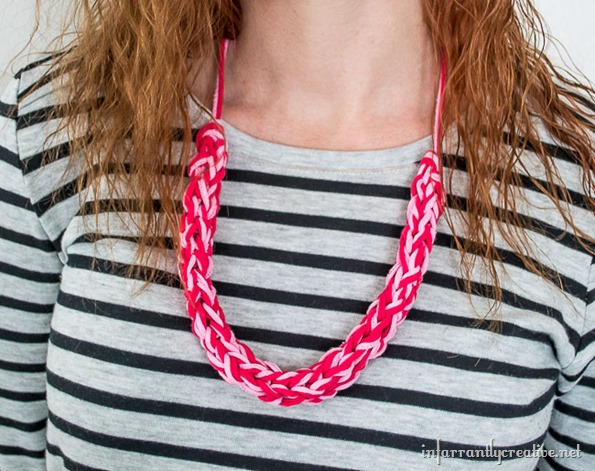 finger knit necklace