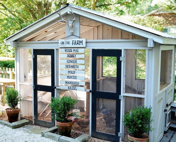 personalized-chicken-coop