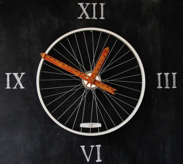 Bicycle-Wheel-Yardstick-Clock