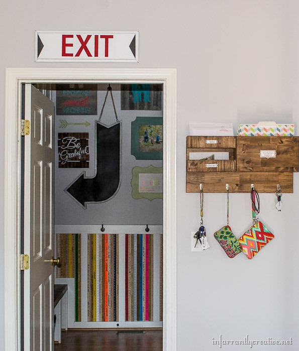 mudroom-exit-sign