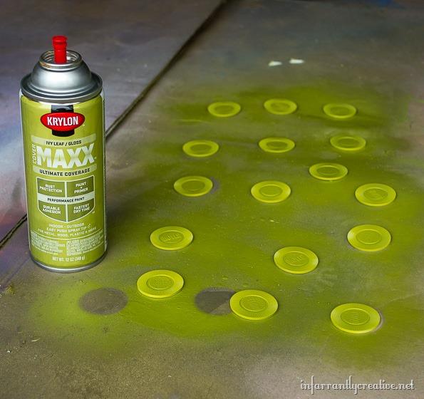 spray-painted-backgamoon-pieces