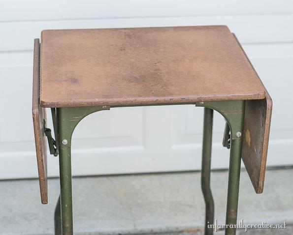 typewriter table before