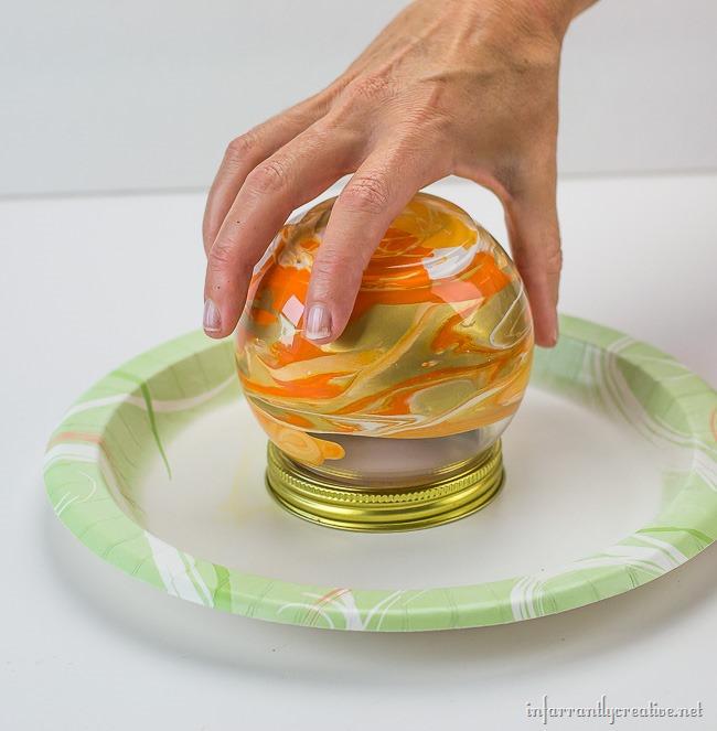 swirl paint pumpkin
