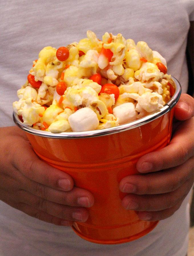 candy-corn-popcorn21
