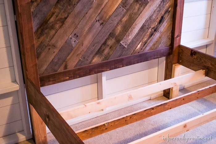 pallet farmhouse pallet bed