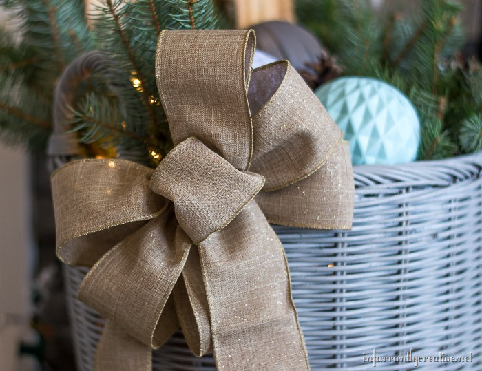 wire-ribbon-on-a-basket