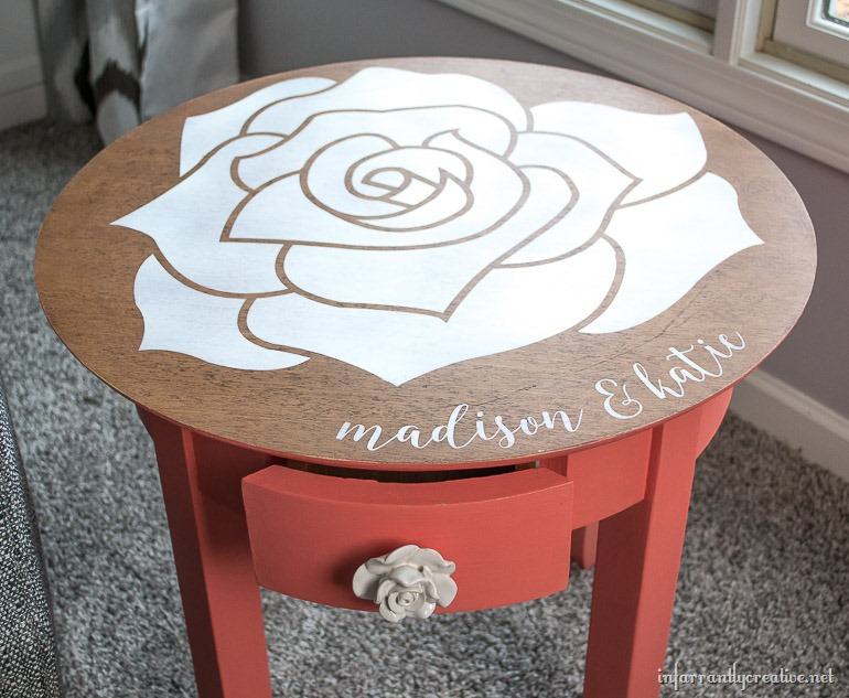 coral table with white rose top