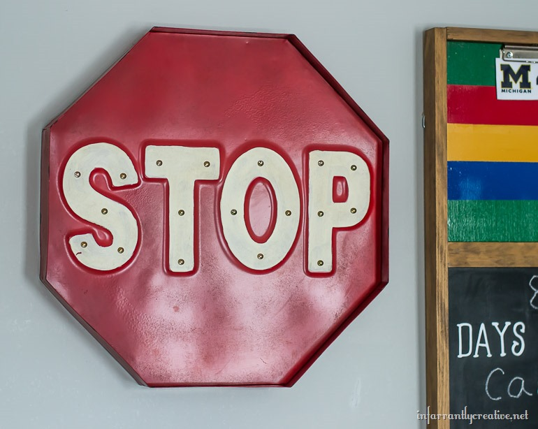 stop-sign-marquee-light