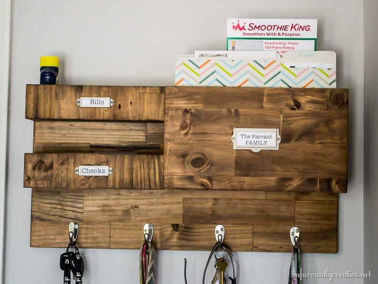 DIY-wall-organizer